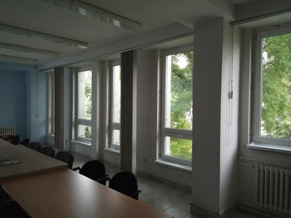 Výmena okien a balkónových dverí MÚ Vrakuňa