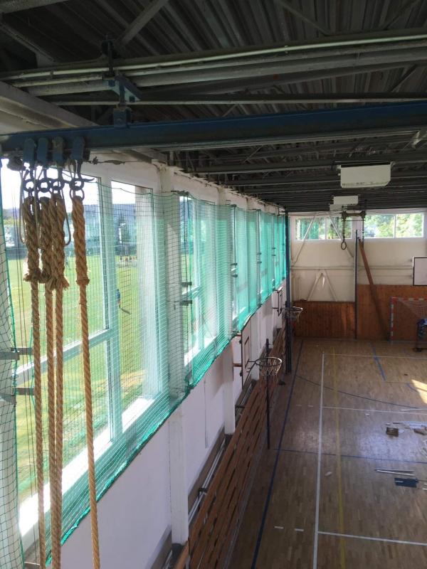 Výmena okien a dverí na telocvični v Komárne